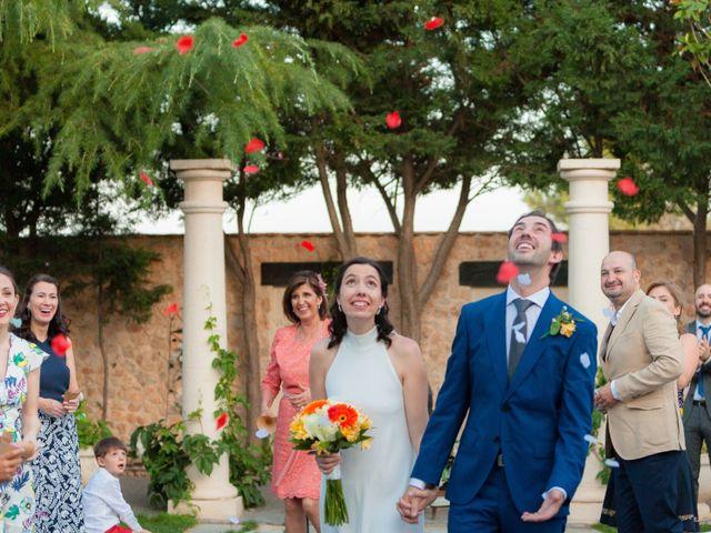 La boda de Eduardo y Miriam en Villar De La Encina, Cuenca 48