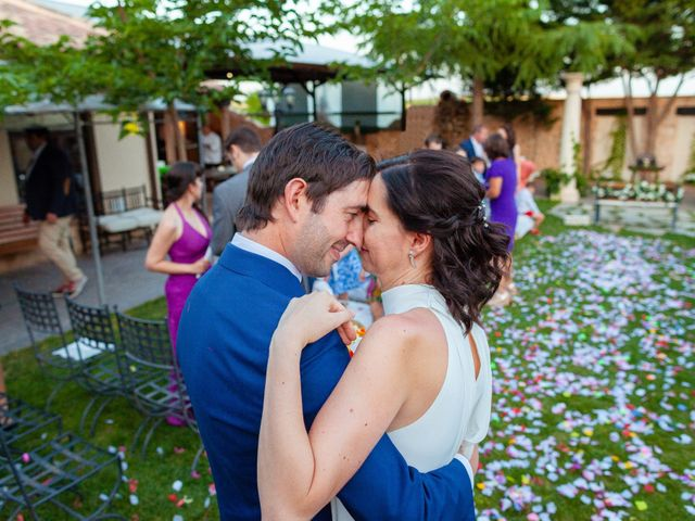 La boda de Eduardo y Miriam en Villar De La Encina, Cuenca 49