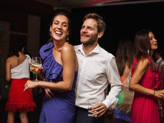 La boda de Juan Manuel y Carolina en La Torre De Esteban Hambran, Toledo 8