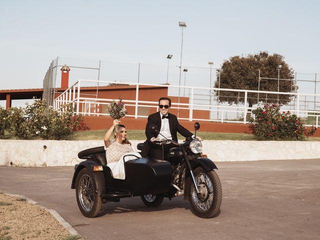 La boda de Juan Manuel y Carolina en La Torre De Esteban Hambran, Toledo 80