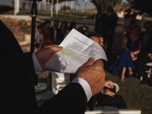 La boda de Juan Manuel y Carolina en La Torre De Esteban Hambran, Toledo 90