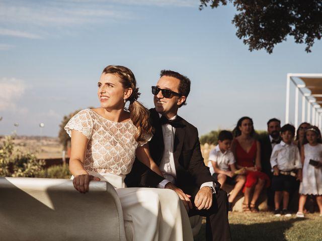 La boda de Juan Manuel y Carolina en La Torre De Esteban Hambran, Toledo 96