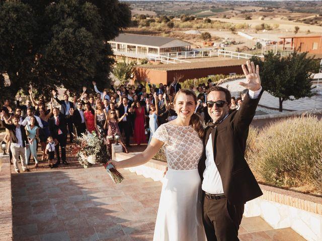 La boda de Juan Manuel y Carolina en La Torre De Esteban Hambran, Toledo 180