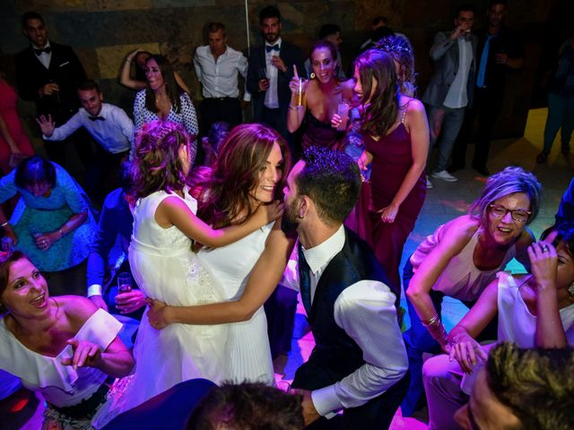 La boda de Carlos y Miriam en Arenys De Munt, Barcelona 25