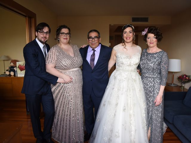 La boda de Imanol y Irati en Pamplona, Navarra 12