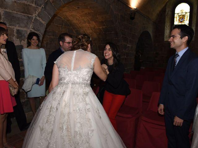 La boda de Imanol y Irati en Pamplona, Navarra 24