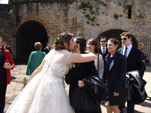 La boda de Imanol y Irati en Pamplona, Navarra 29