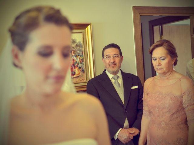 La boda de Javier y Cristina en Santiponce, Sevilla 22