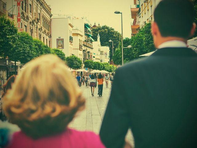 La boda de Javier y Cristina en Santiponce, Sevilla 33
