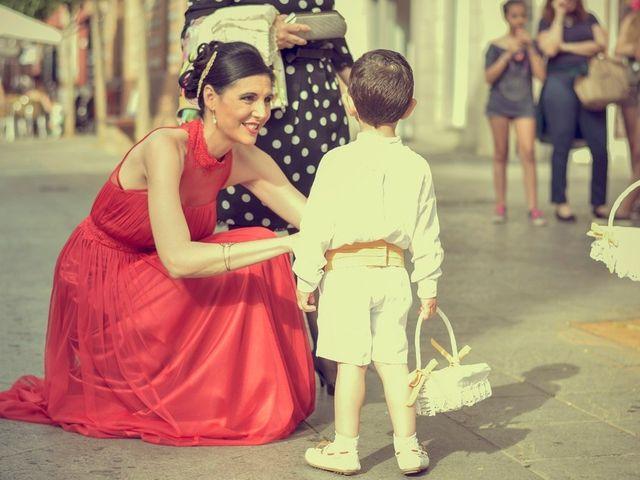 La boda de Javier y Cristina en Santiponce, Sevilla 38