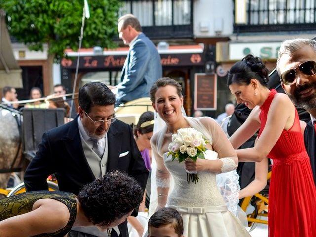 La boda de Javier y Cristina en Santiponce, Sevilla 44