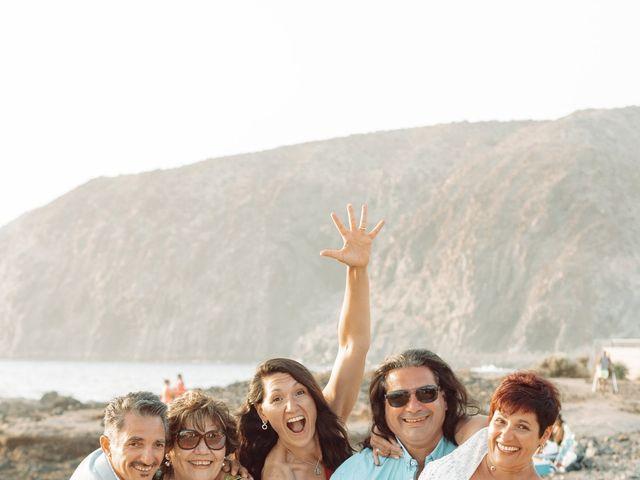 La boda de Antonio y Germania en El Palmar, Santa Cruz de Tenerife 15