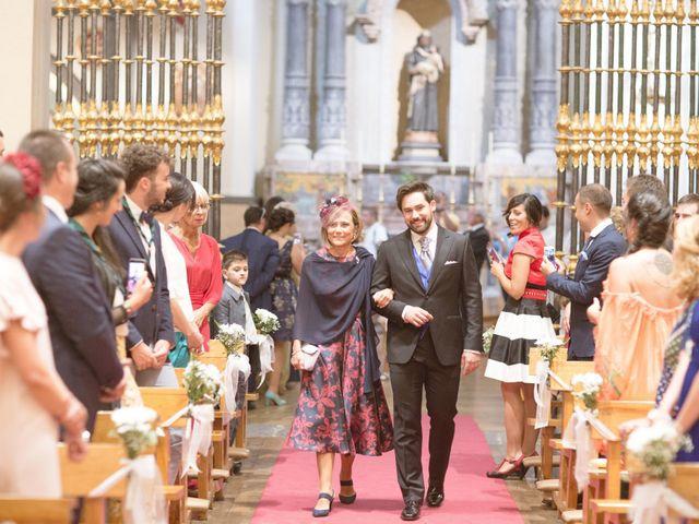 La boda de Pablo y María en Pamplona, Navarra 21