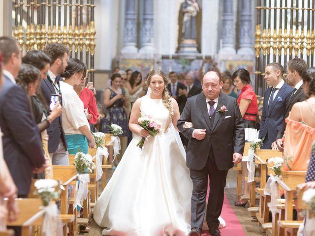 La boda de Pablo y María en Pamplona, Navarra 22
