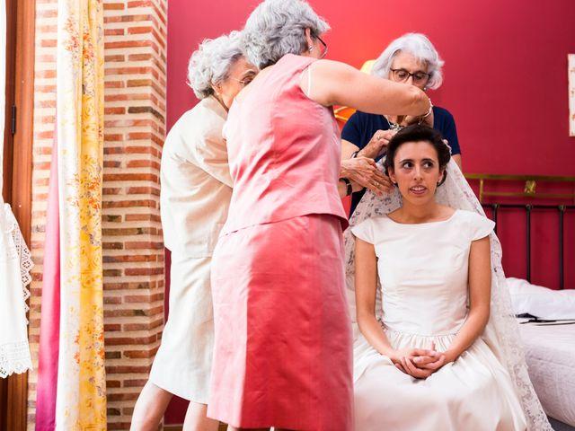 La boda de Brendan y Teresa en Burgos, Burgos 16