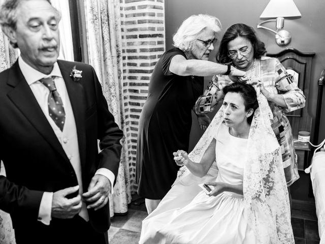 La boda de Brendan y Teresa en Burgos, Burgos 17