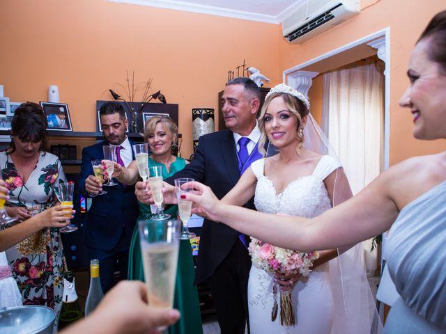 La boda de Fernando y Irene en La Puebla Del Rio, Sevilla 33