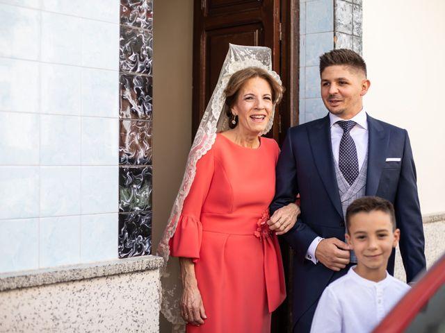 La boda de Fernando y Irene en La Puebla Del Rio, Sevilla 41