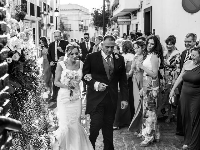 La boda de Fernando y Irene en La Puebla Del Rio, Sevilla 80