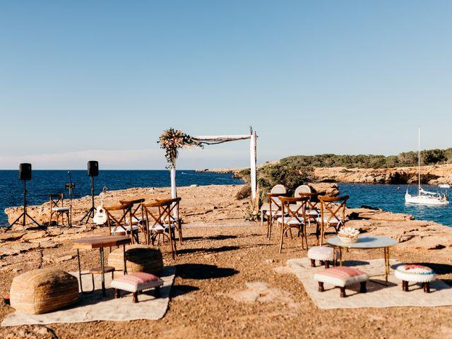 La boda de Raul y Anna en Cala Conta, Islas Baleares 7