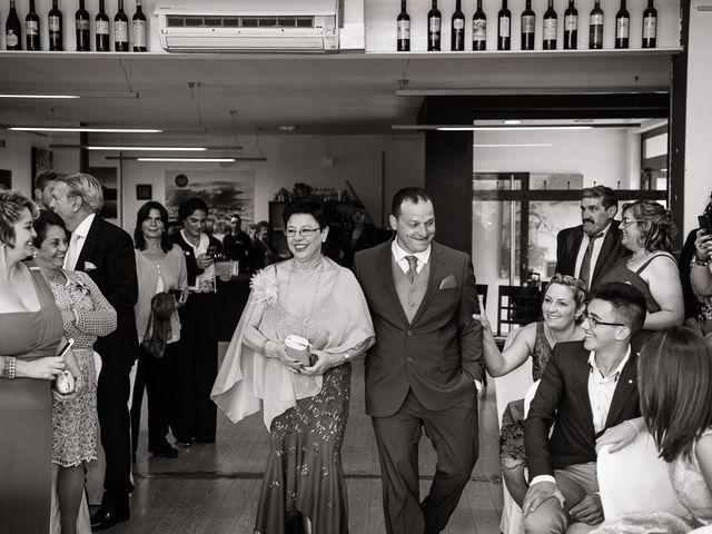 La boda de Miguel y Nuria en Sosas De Laciana, León 15