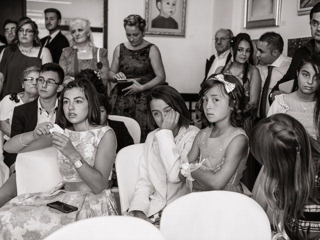 La boda de Miguel y Nuria en Sosas De Laciana, León 21