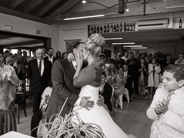 La boda de Miguel y Nuria en Sosas De Laciana, León 22