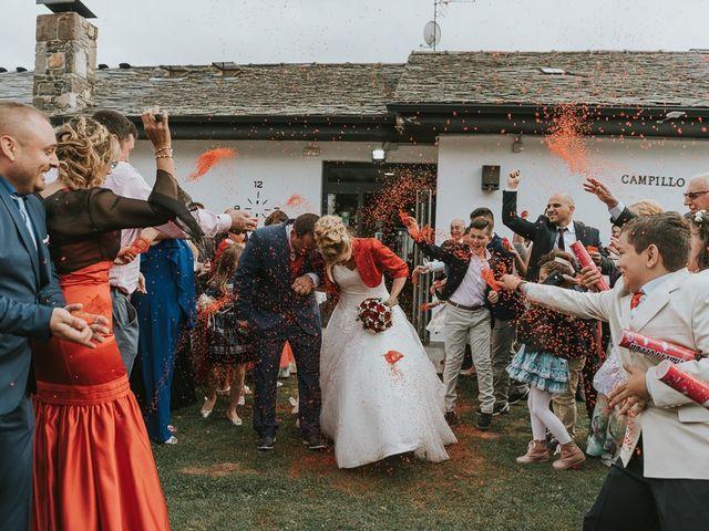 La boda de Miguel y Nuria en Sosas De Laciana, León 23