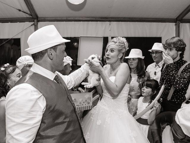 La boda de Miguel y Nuria en Sosas De Laciana, León 31