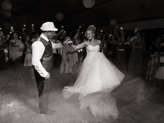 La boda de Miguel y Nuria en Sosas De Laciana, León 32