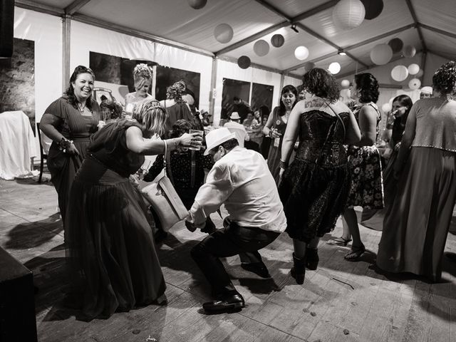 La boda de Miguel y Nuria en Sosas De Laciana, León 34