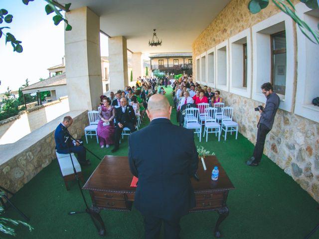 La boda de Emilio y Lydia en Belmonte, Cuenca 22