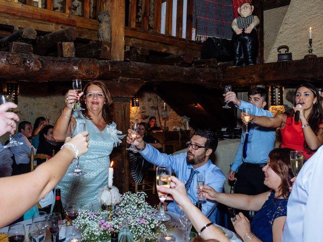 La boda de Jorge y Alba en Pinilla Del Valle, Madrid 39