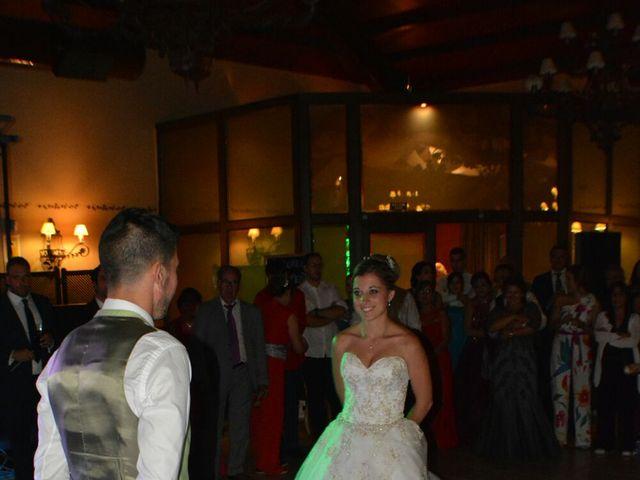 La boda de Tomy y Laura en Jaraiz De La Vera, Cáceres 25