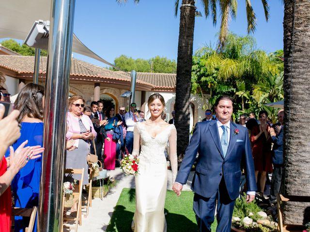 La boda de Cristina y Héctor en La Pobla De Vallbona, Valencia 18