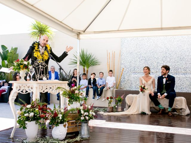 La boda de Cristina y Héctor en La Pobla De Vallbona, Valencia 20