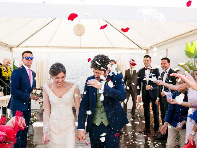 La boda de Cristina y Héctor en La Pobla De Vallbona, Valencia 26