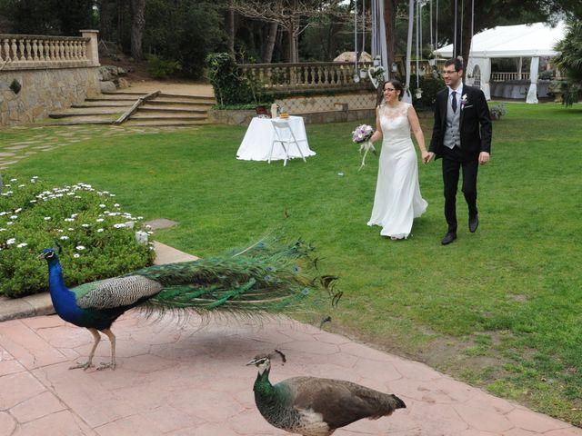 La boda de Desi y Jan en Sant Vicenç De Montalt, Barcelona 33