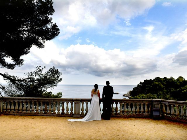La boda de Desi y Jan en Sant Vicenç De Montalt, Barcelona 59
