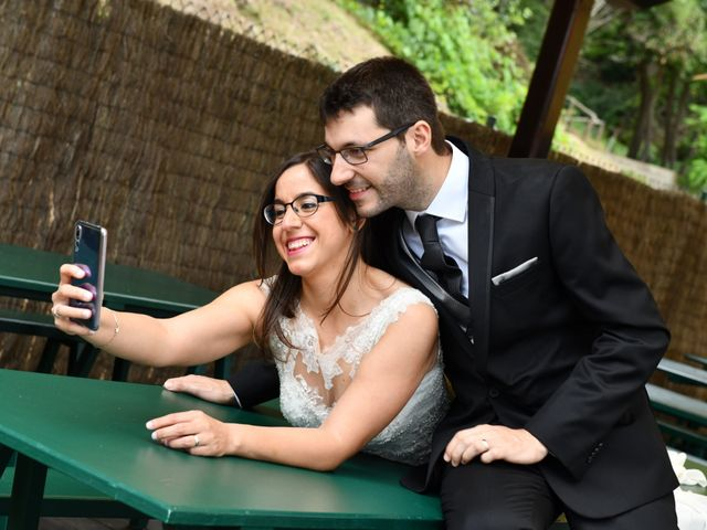 La boda de Desi y Jan en Sant Vicenç De Montalt, Barcelona 64