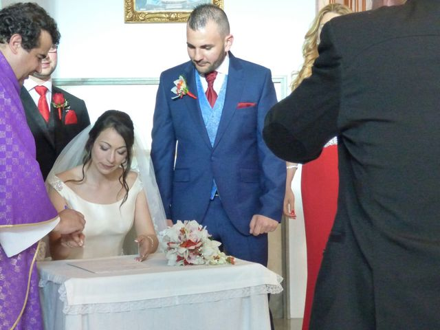 La boda de Rubén  y Diana en Benidorm, Alicante 28