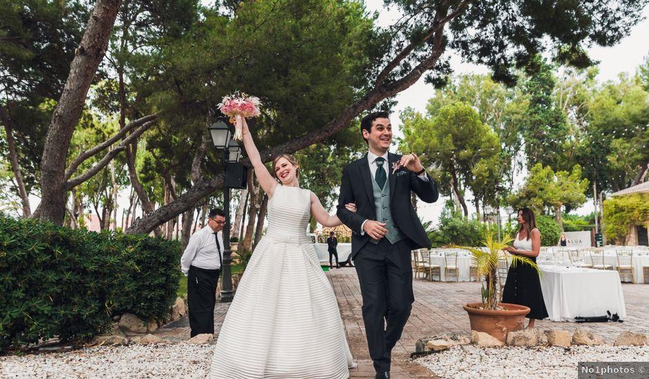La boda de Vicente y Estefanía en Alacant/alicante, Alicante