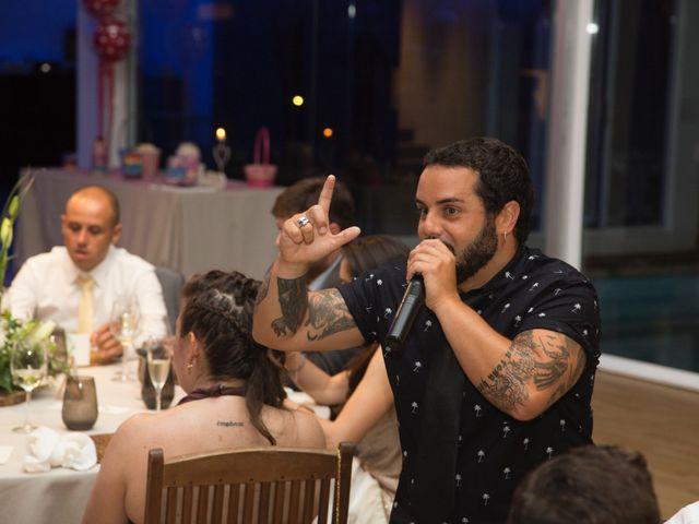 La boda de Adrián y Rebeca en Culleredo, A Coruña 23