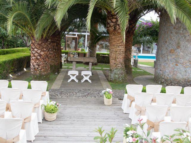 La boda de Adrián y Rebeca en A Coruña, A Coruña 2
