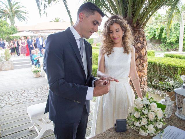 La boda de Adrián y Rebeca en A Coruña, A Coruña 9