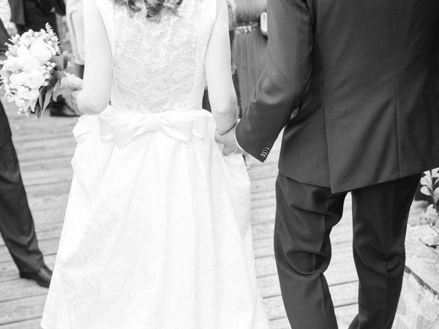 La boda de Adrián y Rebeca en A Coruña, A Coruña 11