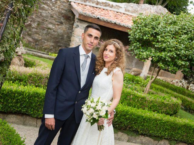 La boda de Adrián y Rebeca en Culleredo, A Coruña 12