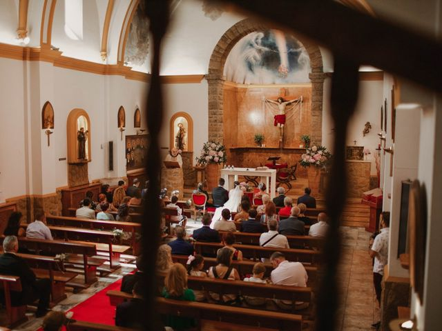 La boda de Omar y Tamara en Oviedo, Asturias 18