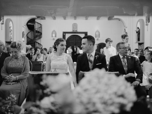 La boda de Omar y Tamara en Oviedo, Asturias 22