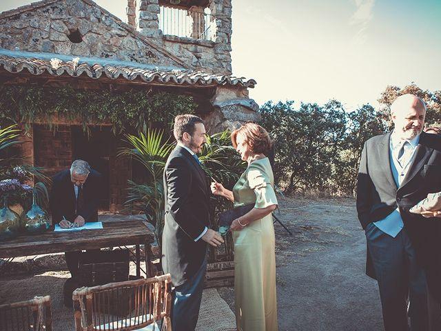 La boda de Juan y Carlota en Guadarrama, Madrid 37